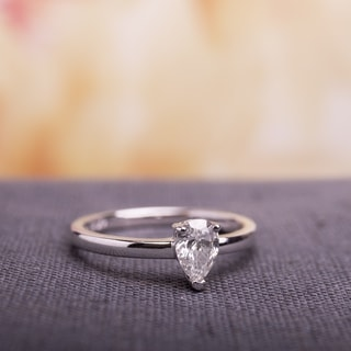 Miadora Signature Collection 14k White Gold 1/2ct TDW Pear-Cut Diamond Solitaire Engagement Ring