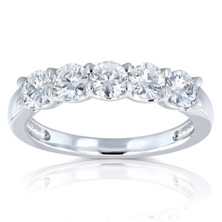 Annello by Kobelli 14k White Gold 4/5ct TGW Round Near Colorless Moissanite (HI) Wedding Band