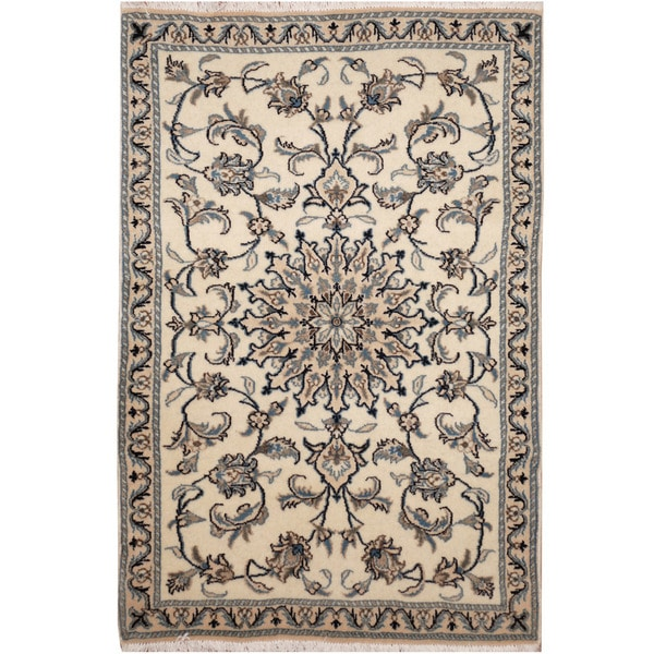 Handmade Nain Wool and Silk Rug (Iran) - 3' x 4'8