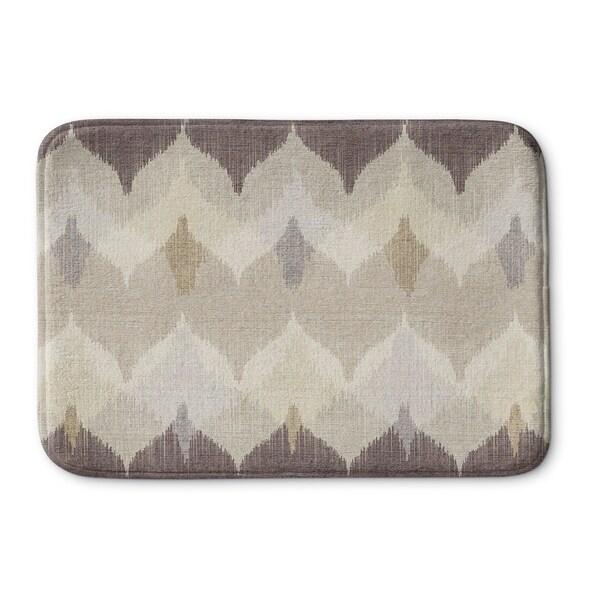 Kavka Designs Ivory/Brown/Tan Chevron Motion Memory Foam Bath Mat
