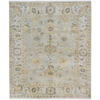 eCarpetGallery Hand-Knotted  Royal Ushak Grey  Wool Rug (8'4 x 9'10)