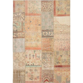 eCarpetGallery Hand-Knotted Vintage Anatolia Patch Pink Wool Rug (6'7 x 9'8)