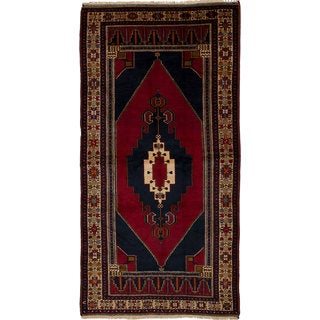 eCarpetGallery Hand-Knotted Anatolian Vintage Red Wool Rug (5'2 x 10'6)