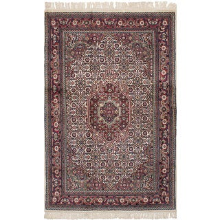 eCarpetGallery Hand-Knotted Bijar Ivory  Wool Rug (3'11 x 6'2)