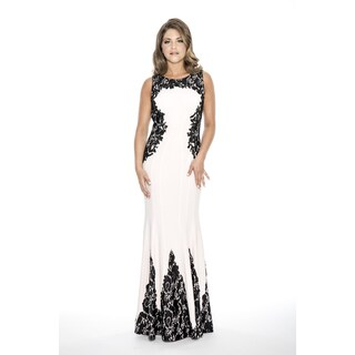 Decode 1.8 Long Evening & Formal Dress with Side Lace Applique