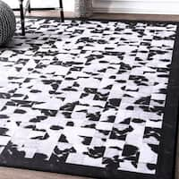 nuLoom Contempory Abstract Tiles Border Black and White Rug (5' x 7'5) - 5' x 8'