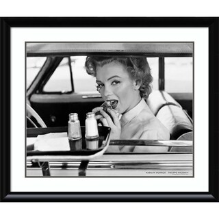 Framed Art Print 'Marilyn Monroe, Hollywood 1952' 30 x 36 ...
