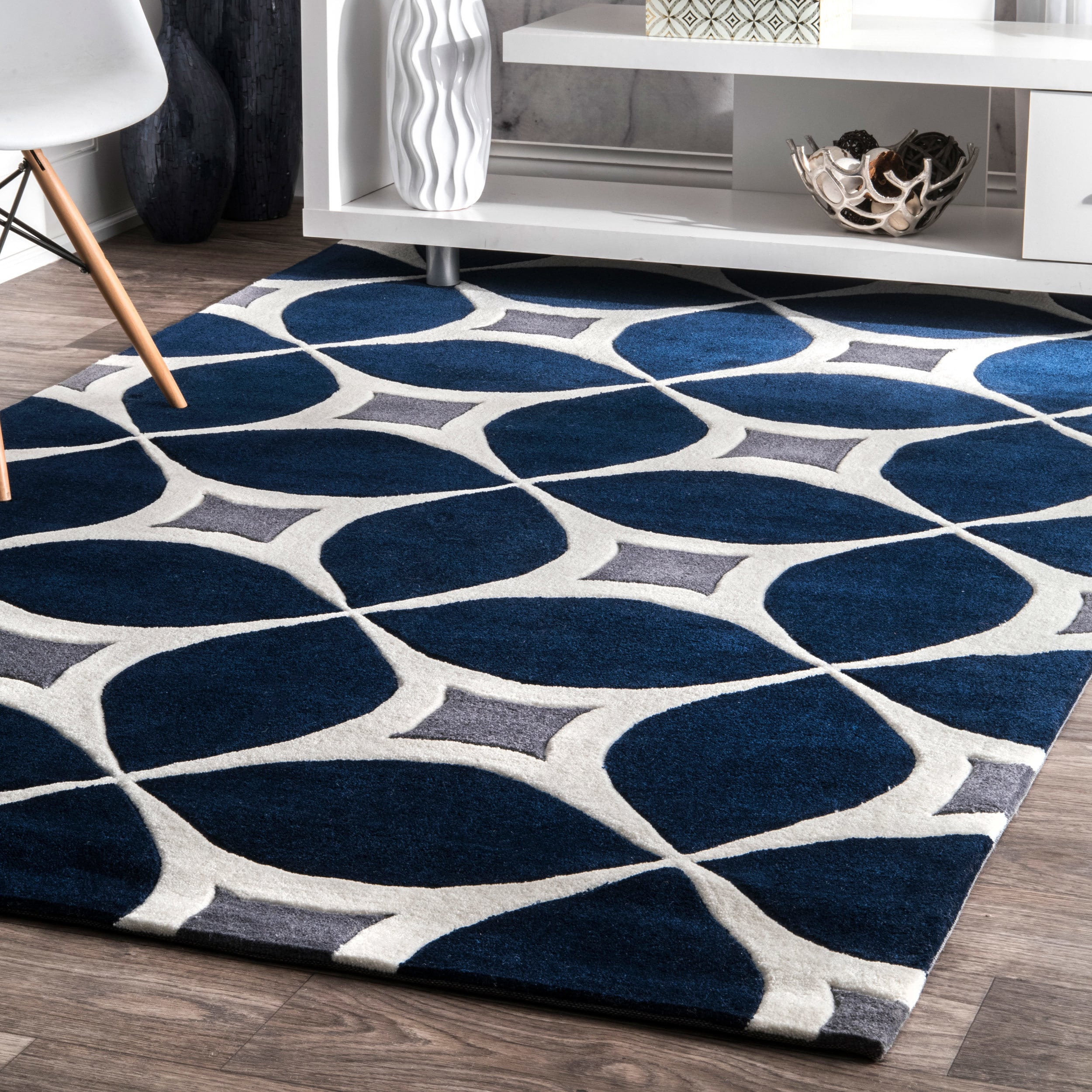 shop palm canyon kona handmade navy area rug 6 39 x 9 39 free shipping on orders over 45. Black Bedroom Furniture Sets. Home Design Ideas