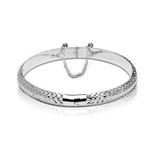 Sterling Silver 7-Inch 6mm Diamond-cut Hinged Round Bangle Bracelet