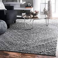 nuLoom Traditional Abstract Diamond Mosaic Frames Dark Grey Rug (8'2 x 11'6)