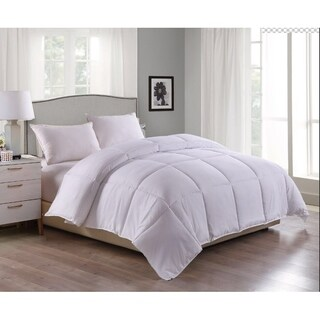 Stayclean Down Alternative Microfiber Comforter With Stain Control
