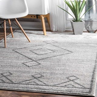 nuLOOM Traditional Vintage Tribal Diamond Solid Medallion Grey Rug (7'6 x 9'6)