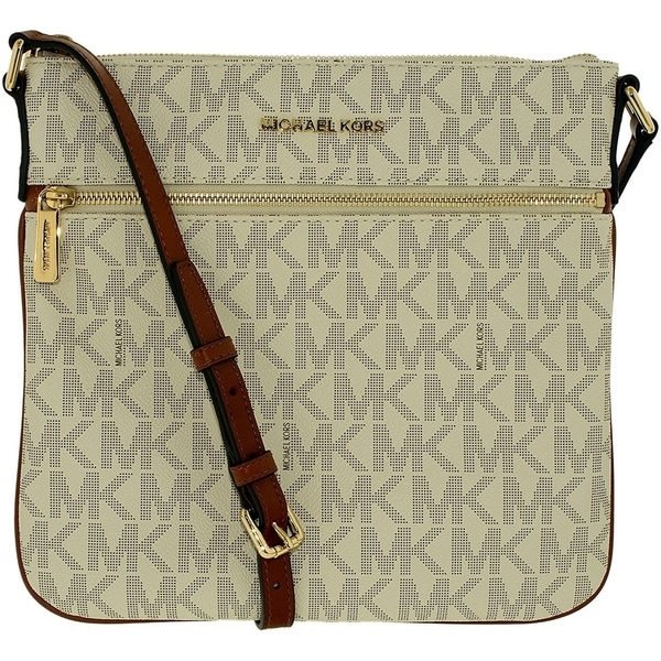 a22d85be3477 Shop Michael Kors Bedford Flat Cross Body Bag - Vanilla - 32H5GBFC2V-150 -  Free Shipping Today - Overstock - 17760601