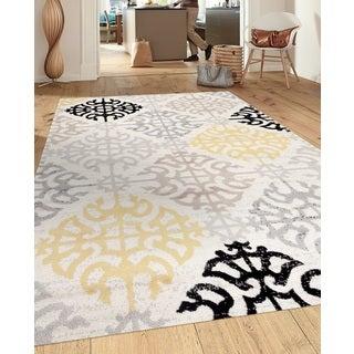 Contemporary Geometric Design Cream 5 ft. 3 in. x 7 ft. 3 in. Indoor Area Rug - 5'3 x 7'3
