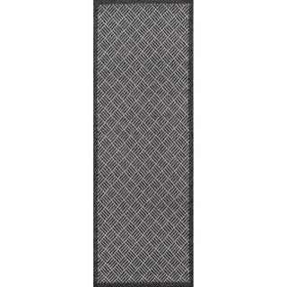 Momeni Como Indoor/Outdoor Runner Rug (2'7 X 7'6) - 2'7 x 7'9