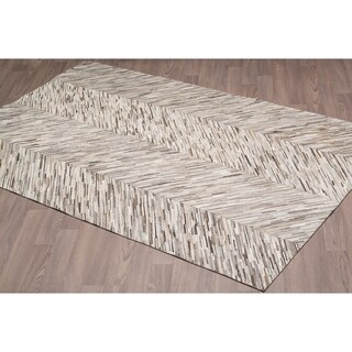 Grey Cow Hide Leather Hand-stitched Rug (5'x 8')