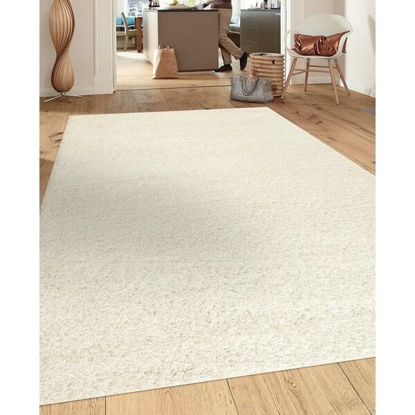 Porch & Den Marigny Kerlerec Solid White Indoor Shag Area Rug - 7'10 x 10'