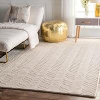 "nuLOOM Handmade Carved Chevron Wool Ivory Rug (9'6 x 13'6) - 9'6"" x 13'6"""