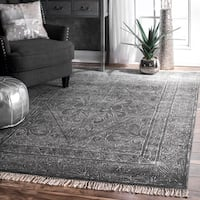nuLOOM Traditional Flatweave Handmade Fancy Floral Diamond Tassel Dark Grey Rug - 5' x 8'