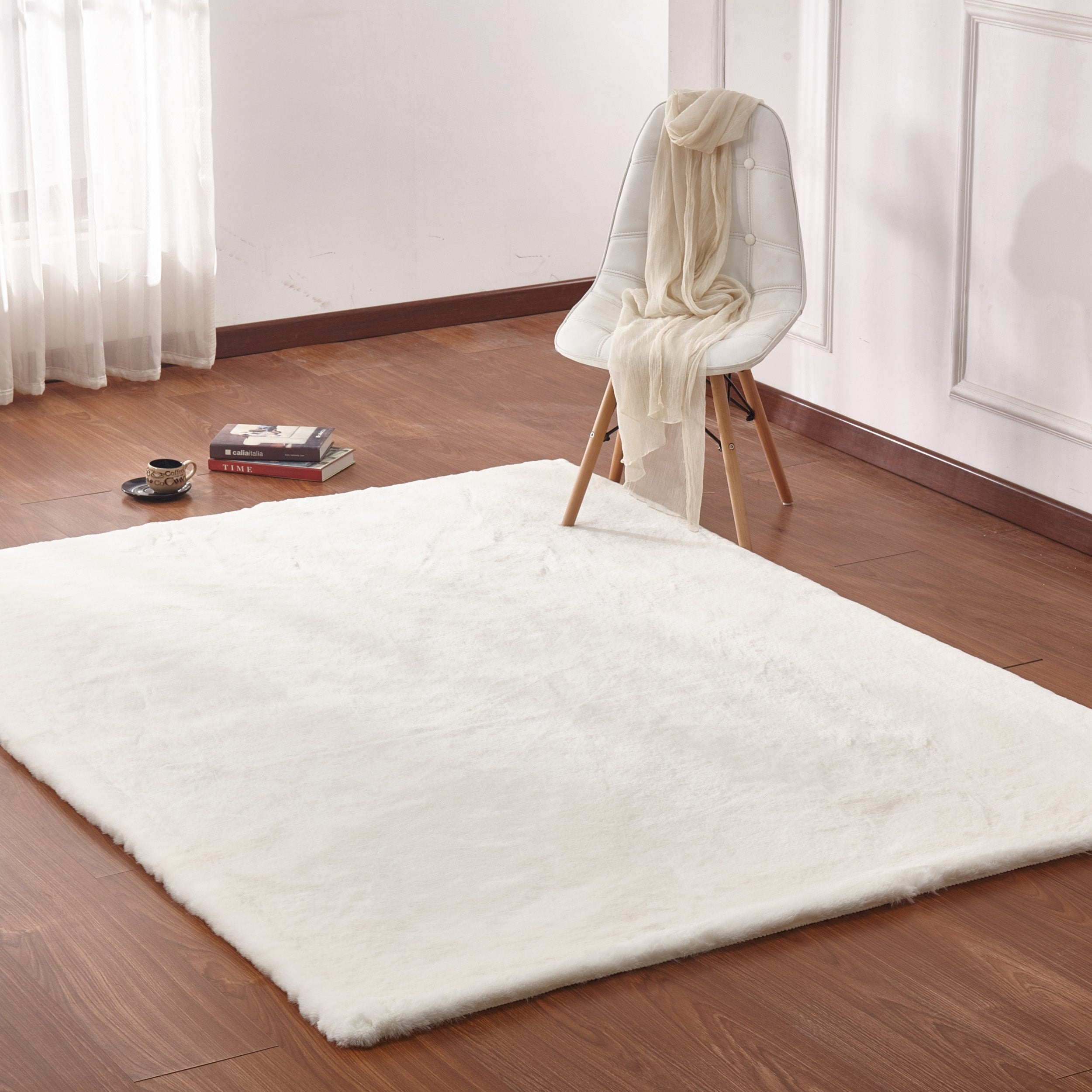 White Solid Faux Fur Area Rug With Suede Backing 5 X 7