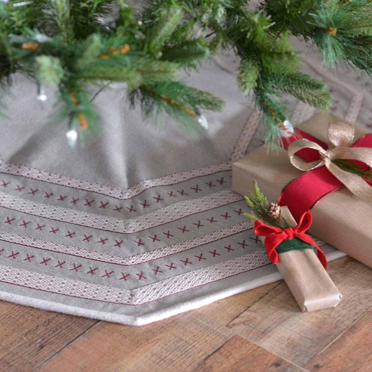 Grey Traditional Christmas Holiday Decor VHC Liv Tree Skirt Felt Appliqued