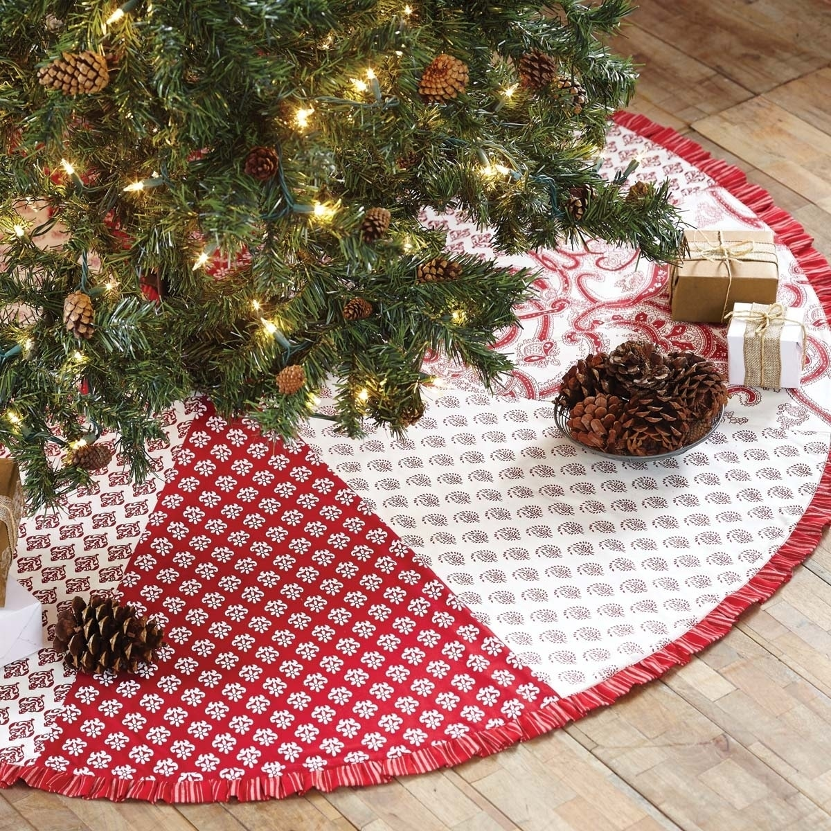 "Christmas Holiday Decor Whitton Red Tree Skirt 50/"" Burlap VHC Brands"