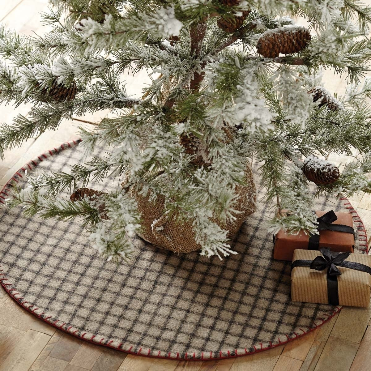 Primitive Christmas Tree.Grey Primitive Christmas Holiday Decor Vhc Weston Tree Skirt Felt Windowpane 21x21