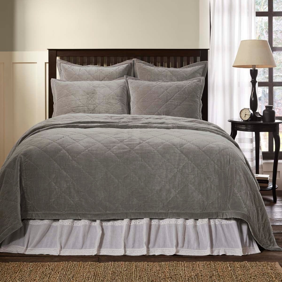 Lydia Grey Quilt Taupe Queen Vhc Brands Farmhouse Bedding Quilts Home Kitchen
