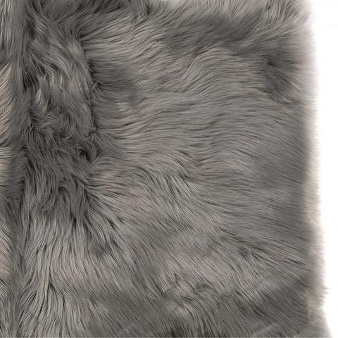 5x7 Soft and Plush Octo Pelt Faux Sheepskin Shag Rug