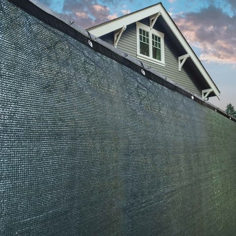 ALEKO 5'x50' Fence Privacy Green Windscreen Mesh Fabric with Grommets - 5 x 50 feet