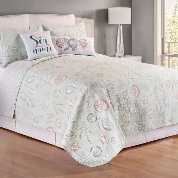 Breezy Shores Quilt Set