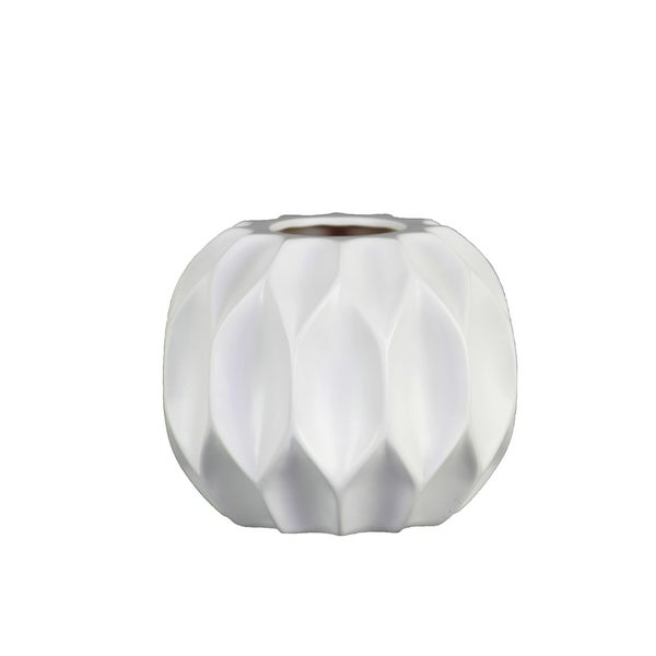 Shop Utc53020 Ceramic Patterned Round Vase With Embossed Diamond