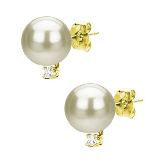 DaVonna 14k Gold 8-9 mm White Freshwater Pearl and 1/10ct TDW Diamond Stud Earring