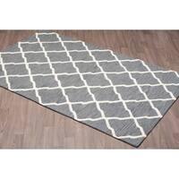 Handmade Trellis Ivory Grey Wool Rug - 8' x10'