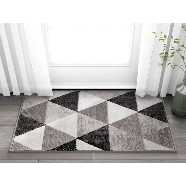 Shop Well Woven Crystal Mid Century Modern Grey Mat Accent