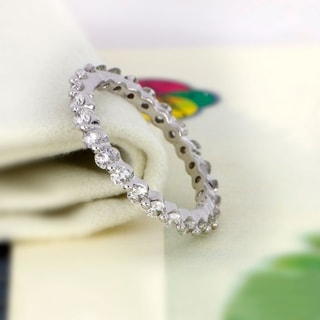 Link to De Couer 14k Gold 1ct TDW Diamond Eternity Wedding Band Similar Items in Wedding Rings