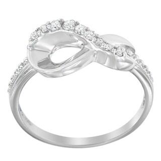 Sterling Silver .15ct. TDW Round-cut Diamond Ring (H-I,I2-I3) - White