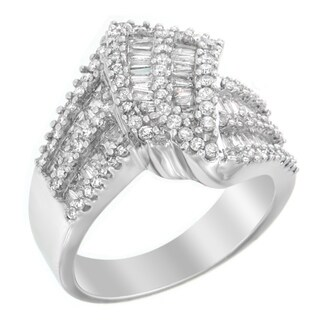 10k White Gold 1 1/2ct TDW Round and Baguette-cut Diamond Ring (H-I, I1-I2)