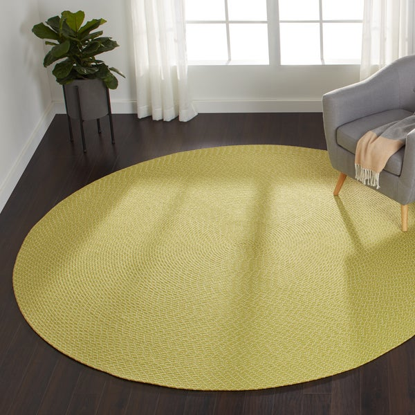 Indoor/ Outdoor Hand-woven Justin Rug (7'9 x 7'9 Round)