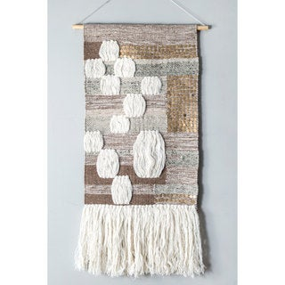nuLoom Handmade Raised Patchwork Tassles Wall Hanging (1'6 x 2'6)