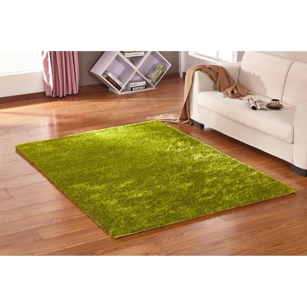 Solid Lime Green Shag Rug Hand Tufted Weaving, 1-inch Thickness - 5' x 7'