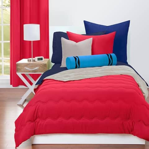 Crayola Scarlet and Timberwolf Reversible Comforter