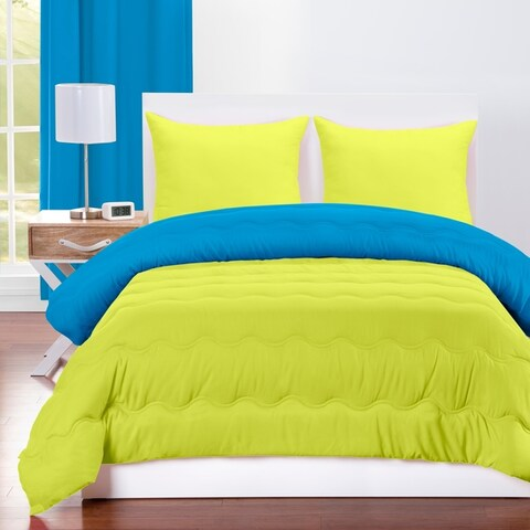 Crayola Cerulean and Granny Smith Apple Reversible Comforter