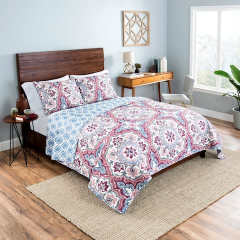 Vue Bethania 3-Piece Reversible Quilt Set - Multi