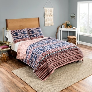 Vue Yara 3-Piece Reversible Quilt Set