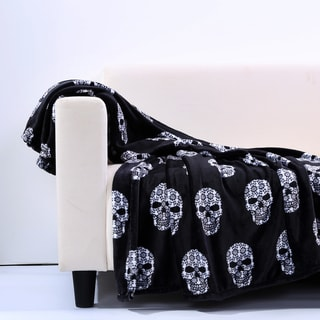 Velvety Skull Print Throw Blanket
