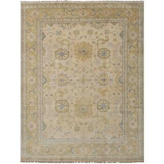 eCarpetGallery Hand-Knotted Royal Ushak Ivory Wool Rug (9'1 x 12'2)