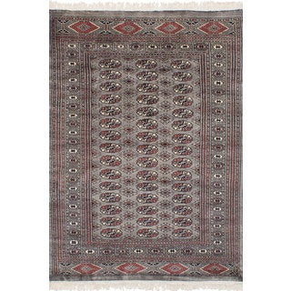eCarpetGallery Hand-Knotted Finest Peshawar Bokhara Grey Wool Rug (4'3 x 6'1)