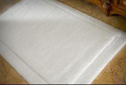 Safavieh Spa Collection 2400-gram Non-slip Bath Mat (3' x 5') - Thumbnail 2