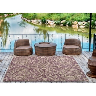 Indoor/Outdoor Hand-Tufted Robinson Purple Polyester Rug - 4' x 6'